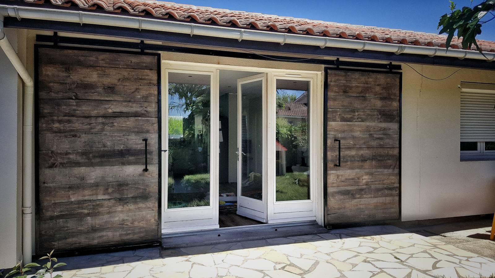 Fabrication de portes coulissantes style industriel sur mesure fabrication de mobilier bois et - Porte coulissante style industriel ...